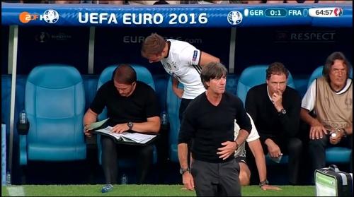 Joachim Löw – Deutschland v Frankreich 2nd half (EM 2016) 9