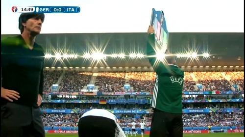 Joachim Löw – Deutschland v Italien 1st half (EM 2016) 16