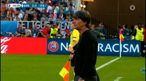 Joachim Löw – Deutschland v Italien 1st half (EM 2016) 18