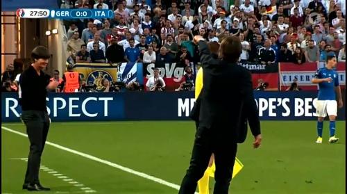 Joachim Löw – Deutschland v Italien 1st half (EM 2016) 22