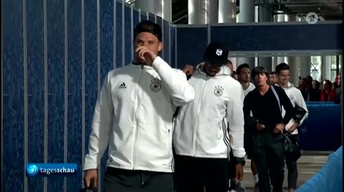 Joachim Löw – Deutschland v Italien 1st half (EM 2016) 3