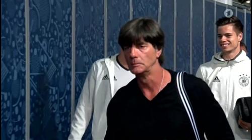 Joachim Löw – Deutschland v Italien 1st half (EM 2016) 5