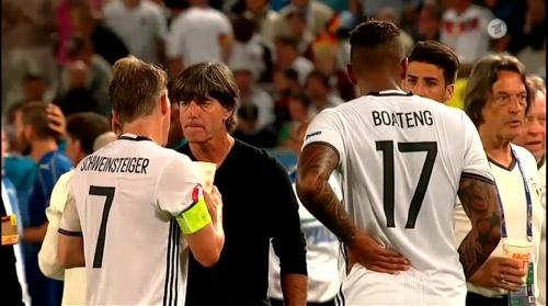 Joachim Löw – Deutschland v Italien extra time (EM 2016) 2