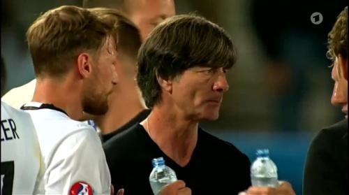 Joachim Löw – Deutschland v Italien extra time (EM 2016) 3