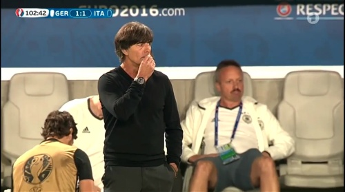 Joachim Löw – Deutschland v Italien extra time (EM 2016) 9