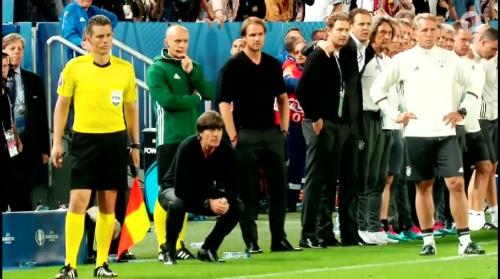 Joachim Löw – Deutschland v Italien penalties (EM 2016) 1.6