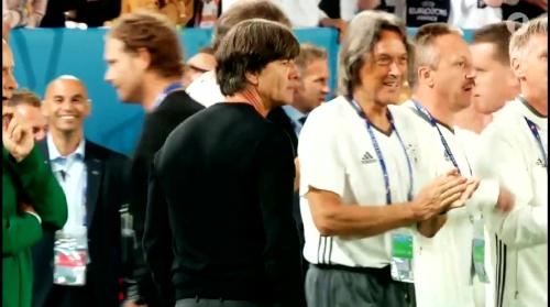 Joachim Löw – Deutschland v Italien penalties (EM 2016) 1.8