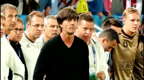 Joachim Löw – Deutschland v Italien penalties (EM 2016) 1.9