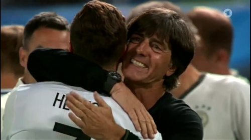 Joachim Löw – Deutschland v Italien penalties (EM 2016) 11