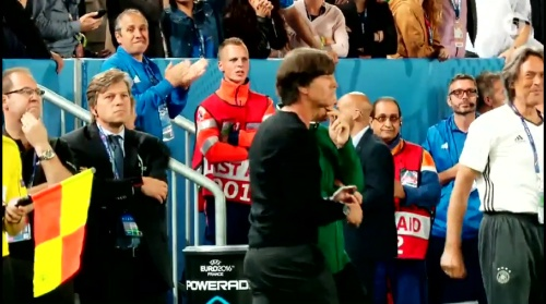 Joachim Löw – Deutschland v Italien penalties (EM 2016) 2.6