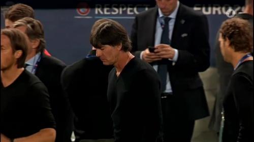 Joachim Löw – Deutschland v Italien penalties (EM 2016) 6