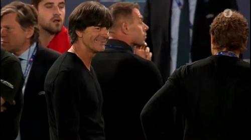Joachim Löw – Deutschland v Italien penalties (EM 2016) 8