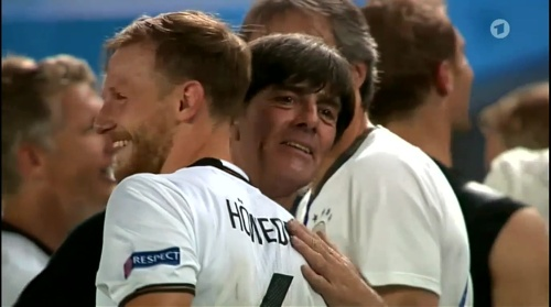 Joachim Löw – Deutschland v Italien penalties (EM 2016) 9
