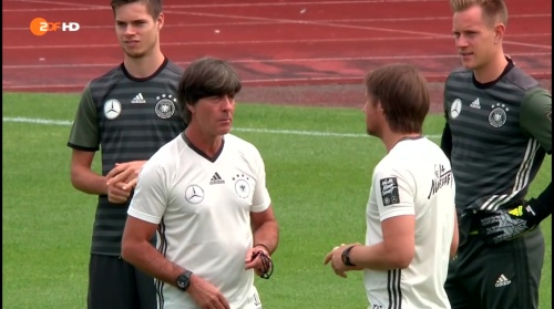 Joachim Löw – ZDF video 05-07-16 2