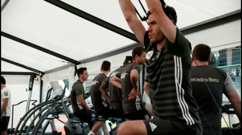 Jonas Hector – Training und PK in Evian 2