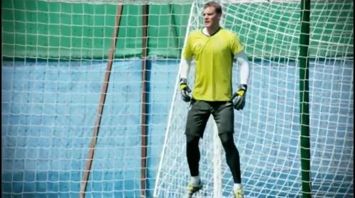 Manuel Neuer - Abschlusstraining vor Italien-Spiel in Évian