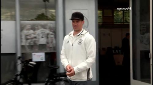 Manuel Neuer – Sport1 video 6