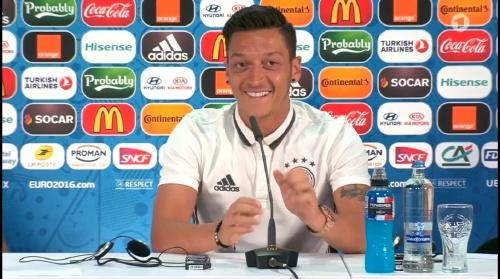 Mesut Özil – PK 01-07-16 1
