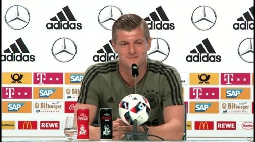 Toni Kroos - PK 30-06-16 4