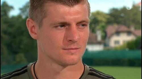Toni Kroos - Sportschau 30-06-16 1