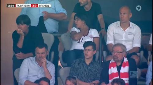 Joachim Löw at Bayern München v Werder Bremen 2016-17 5