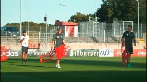 Joachim Löw – Der Tag mit Bastian Schweinsteiger 2