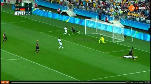 Nils Petersen - Deutschland v Nigeria (Olympics 2016) 5