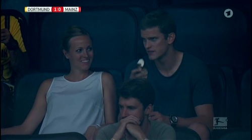 Sven Bender at Dortmund v Mainz 16-17