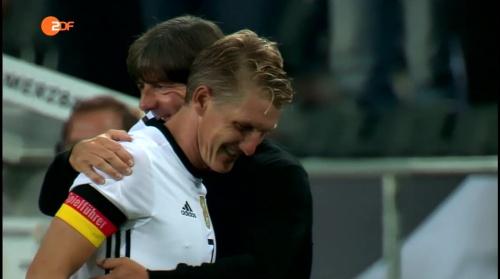 Joachim Löw & Bastian Schweinsteiger - ZDF heute sport 01-09-16 4