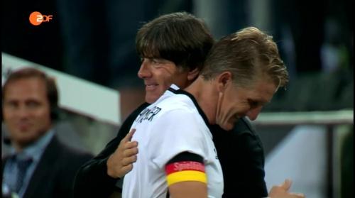 Joachim Löw & Bastian Schweinsteiger - ZDF heute sport 01-09-16 6