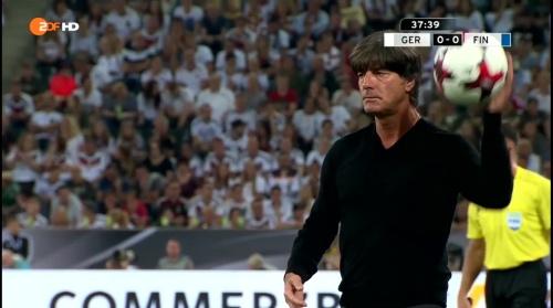 Joachim Löw – Deutschland v Finnland first half 10