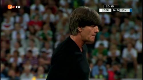 Joachim Löw – Deutschland v Finnland first half 4