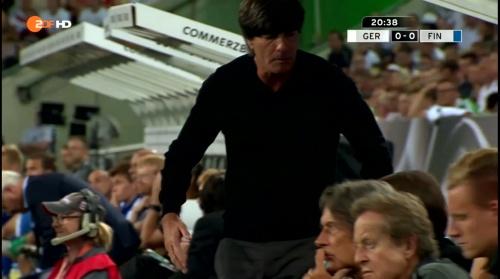 Joachim Löw – Deutschland v Finnland first half 5