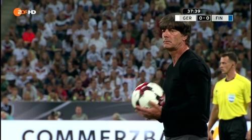 Joachim Löw – Deutschland v Finnland first half 9