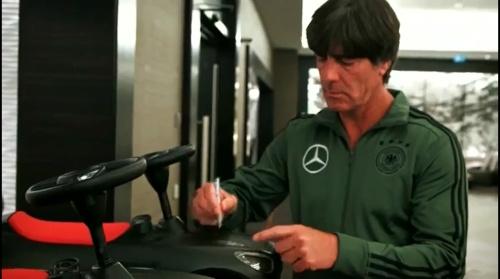 Joachim Löw - Letztes Training in Düsseldorf 02-09-16 5