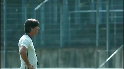 Joachim Löw - Regenerationstraining nach dem Finnland-Spiel 2