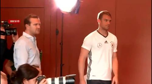 Manuel Neuer PK 02-09-16 1
