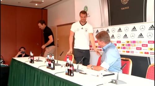Manuel Neuer PK 02-09-16 2