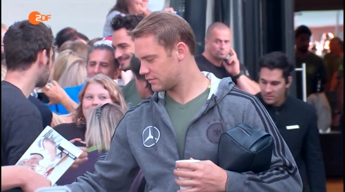 Manuel Neuer - ZDF heute sport 01-09-16 1