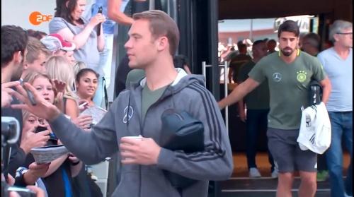 Manuel Neuer - ZDF heute sport 01-09-16 2