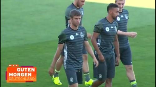 Thomas Müller - Guten Morgen Deutschland 02-09-16 2