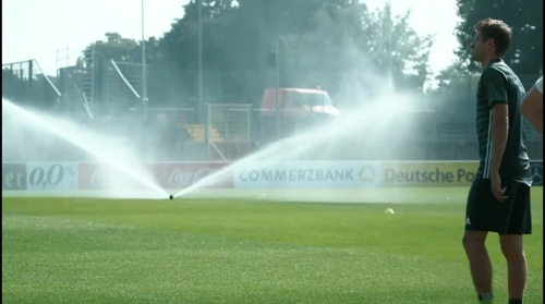 Thomas Müller - Regenerationstraining nach dem Finnland-Spiel 1
