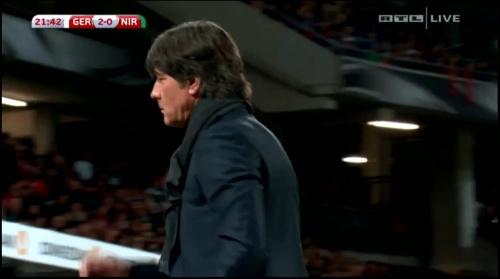 joachim-low-deutschland-v-nordirland2016-1st-half-14