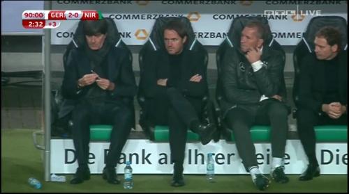 joachim-low-deutschland-v-nordirland2016-2nd-half-11