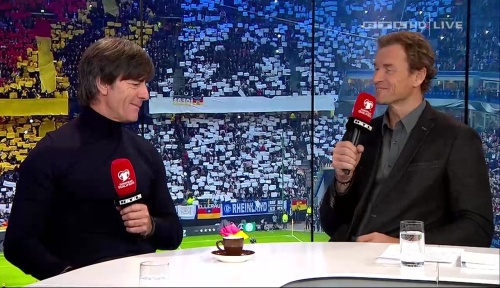 joachim-low-deutschland-v-tschechien-2016-post-match-show-12