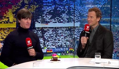 joachim-low-deutschland-v-tschechien-2016-post-match-show-13