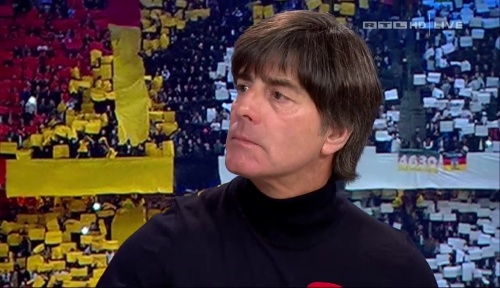 joachim-low-deutschland-v-tschechien-2016-post-match-show-14