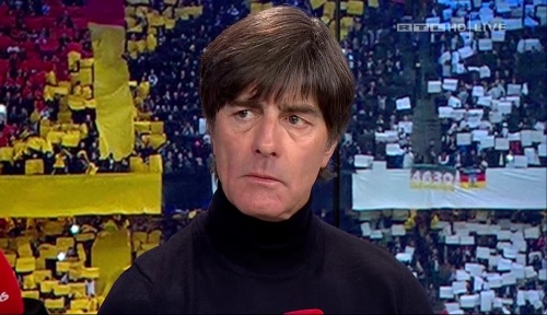 joachim-low-deutschland-v-tschechien-2016-post-match-show-6
