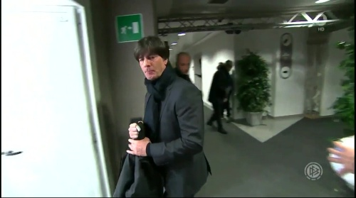 joachim-low-italien-v-deutschland-first-half2016-10