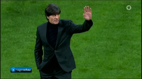 joachim-low-italien-v-deutschland-first-half2016-4
